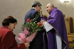 Życzenia dla księży prałatów Józefa Leśniaka i Edwarda Nylca_Moment(12)
