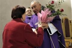 Życzenia dla księży prałatów Józefa Leśniaka i Edwarda Nylca_Moment(13)