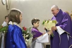 Życzenia dla księży prałatów Józefa Leśniaka i Edwarda Nylca_Moment(16)