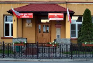 lokal wyborczy Tymbark1