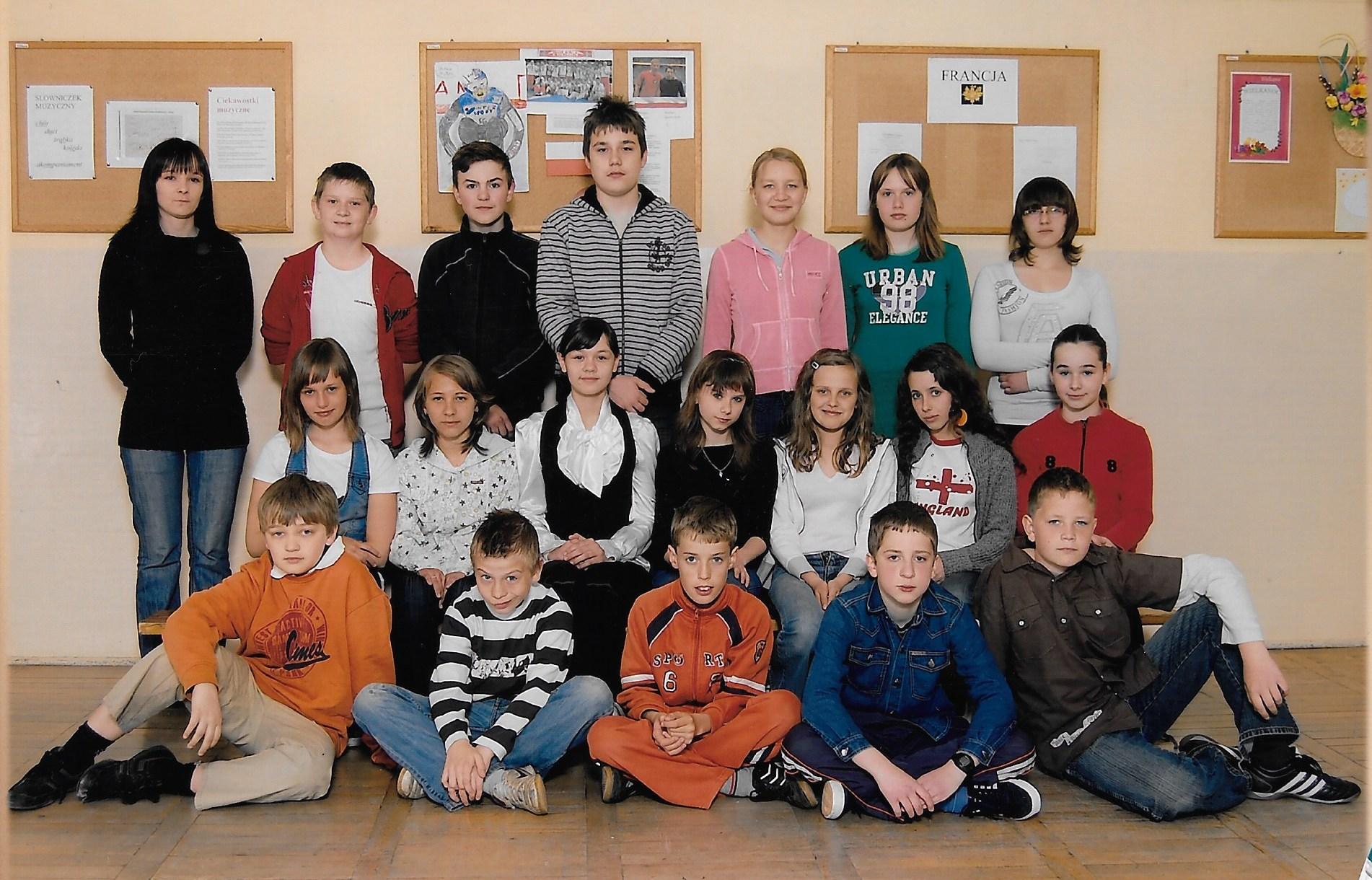 Klasa 6c, z wychowawczynią U.Dudą