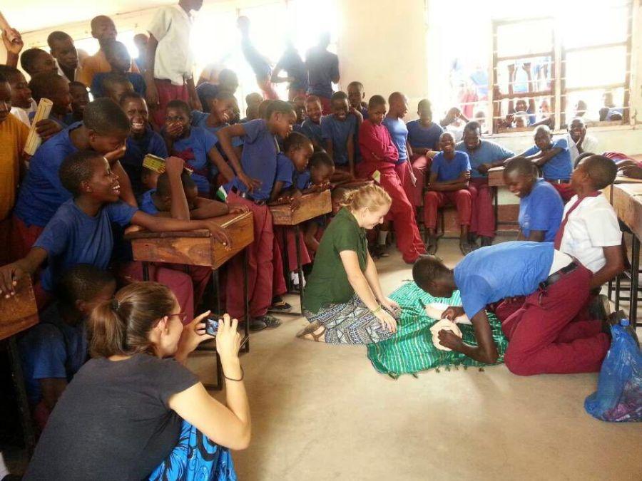 zajęcie z pierwszej pomocy w szkole