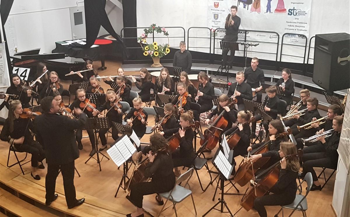 Szkolna Orkiestra Społecznej Publicznej Szkoły Muzycznej w Tymbarku